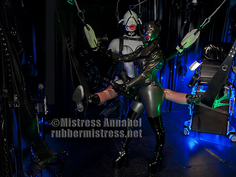 Mistress rubber slut heche